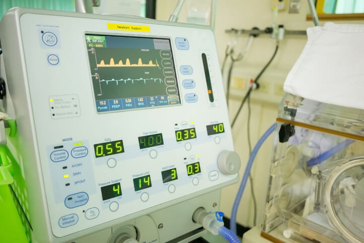 4 Signs a Patient on a Mechanical Ventilator Requires Suctioning