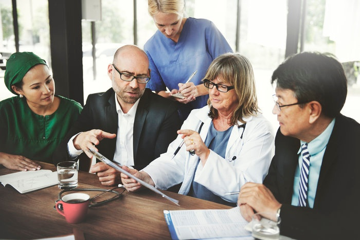 How to Talk to Hospital Leadership About Replacing Old Equipment